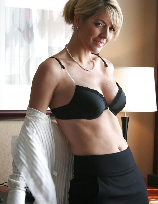blonde tied to bed