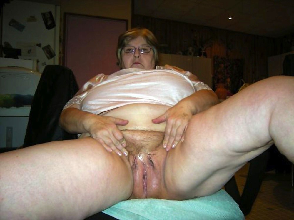 having sex with a fat woman