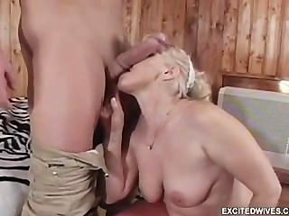 girls playing with each others pussy