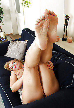 lick my pussy clips